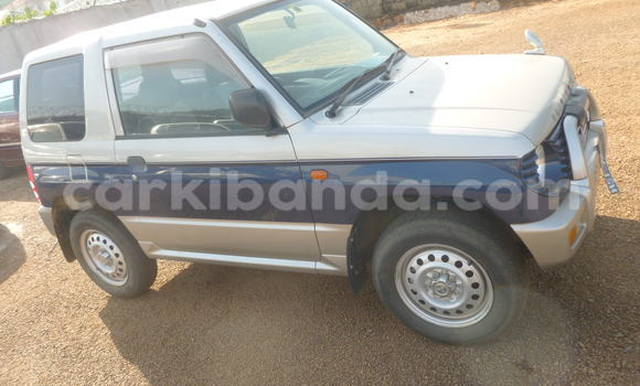 Buy Used Mitsubishi Pajero Blue Car in Arua in Uganda