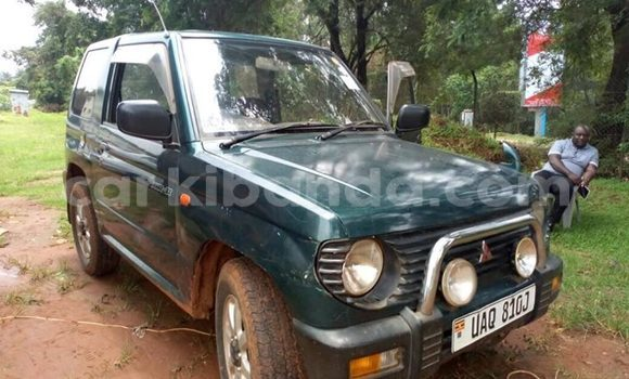 Buy Used Mitsubishi Pajero Green Car in Kampala in Uganda