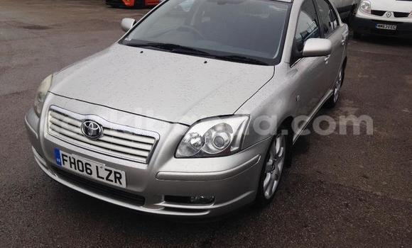Buy Used Toyota Avensis Silver Car in Arua in Uganda