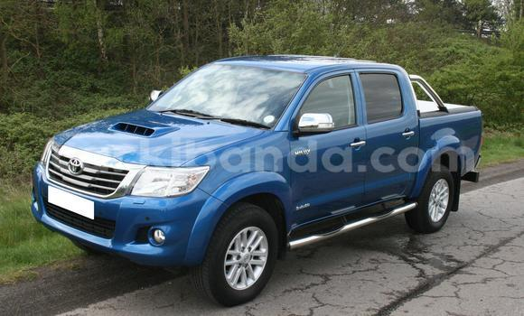 Buy Used Toyota Hilux Blue Car in Kampala in Uganda