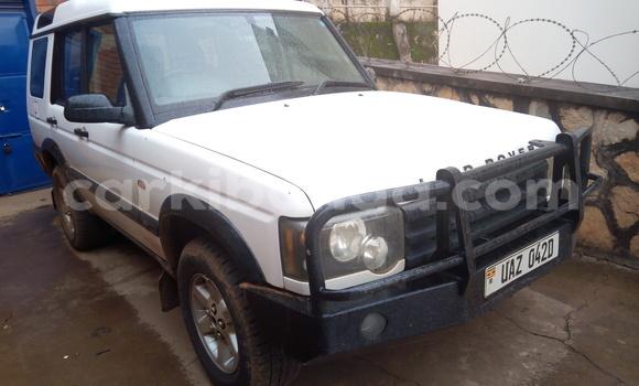 Buy Used Land Rover Discovery White Car in Kampala in Uganda