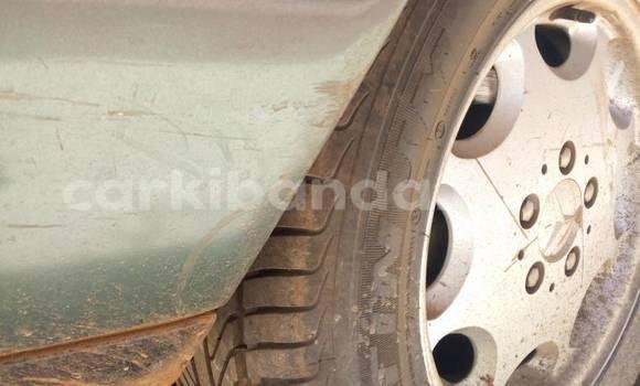 Buy Used Mercedes Benz 200 Green Car in Kampala in Uganda