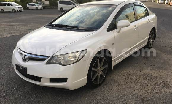 Buy Used Honda Civic White Car in Kampala in Uganda