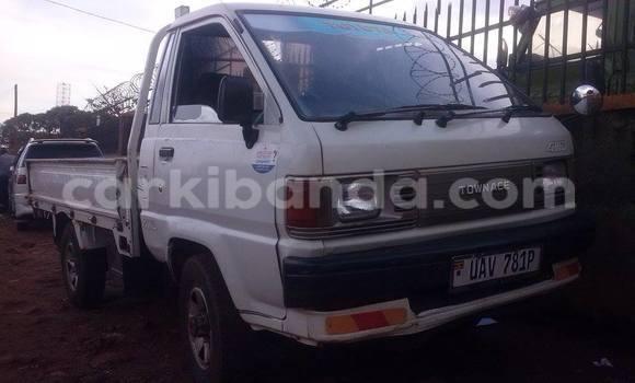 Buy Used Toyota Town Ace White Car in Arua in Uganda