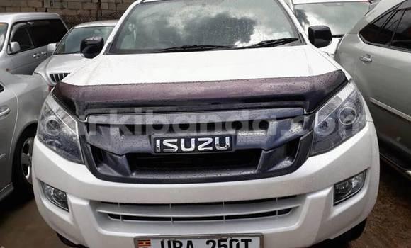 Buy Used Isuzu D–MAX White Car in Kampala in Uganda