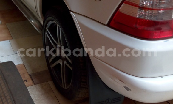 Buy Used Mercedes Benz ML–Class White Car in Kampala in Uganda