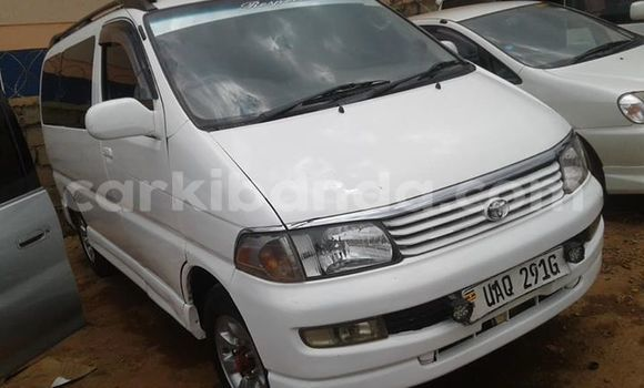 Buy Used Toyota Regius White Car in Kampala in Uganda