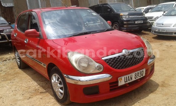 Buy Used Toyota Duet Red Car in Kampala in Uganda