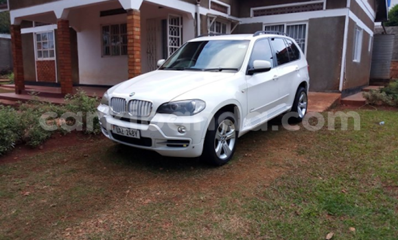 Buy Used BMW X5 White Car in Kampala in Uganda