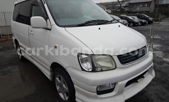 Buy Used Toyota Noah White Car in Kampala in Uganda