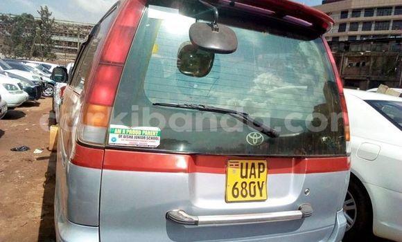 Buy Used Toyota Noah Red Car in Kampala in Uganda