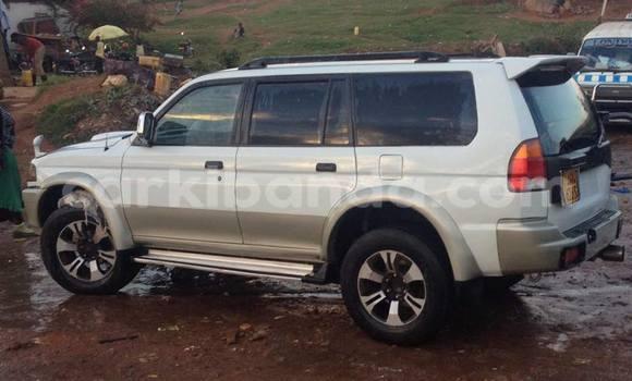Buy Used Mitsubishi Challenger White Car in Kampala in Uganda