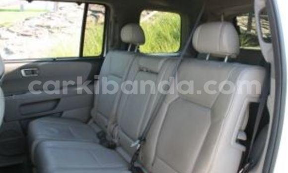 Buy Used Honda Pilot White Car in Arua in Uganda