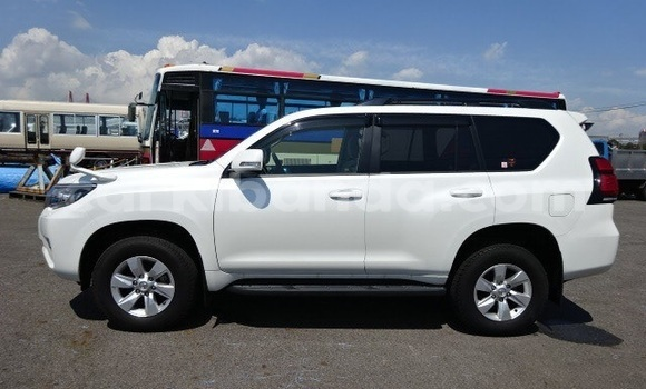 Buy Used Toyota Land Cruiser Prado White Car in Kampala in Uganda
