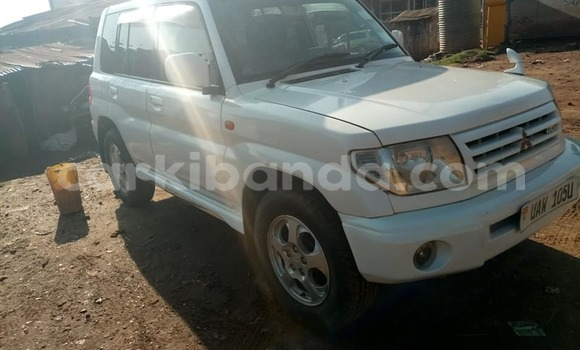Buy Used Mitsubishi Pajero White Car in Kampala in Uganda