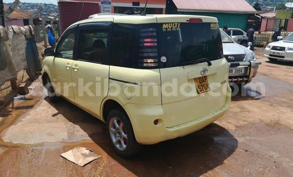 Buy Used Toyota Sienta Other Car in Kampala in Uganda