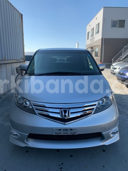 Big with watermark used car for sale in japan honda elysion 2010 1