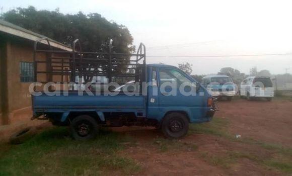 Buy Used Toyota TownAce Blue Car in Kampala in Uganda