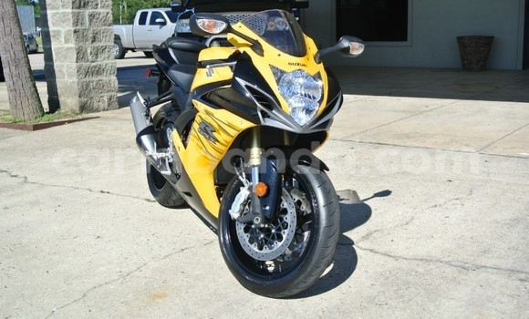 Buy Used Suzuki GSX–R Beige Bike in Kampala in Uganda