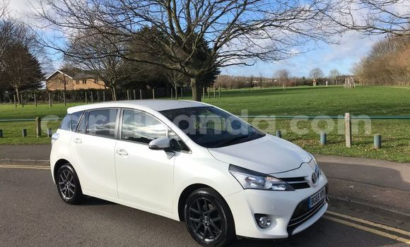 Buy Used Toyota Verso Silver Car in Kampala in Uganda