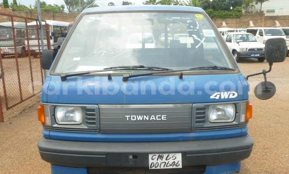 Buy Used Toyota Town Ace Blue Car in Arua in Uganda