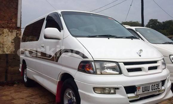Buy Used Toyota Regius White Car in Arua in Uganda