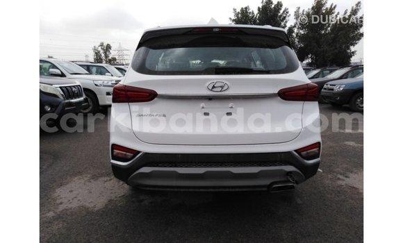 Buy Import Hyundai Santa Fe White Car in Import - Dubai in Uganda