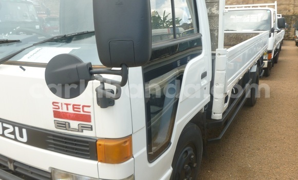 Buy Used Isuzu Bighorn White Truck in Arua in Uganda