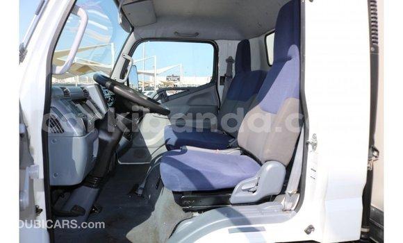 Buy Import Mitsubishi L400 White Truck in Import - Dubai in Uganda