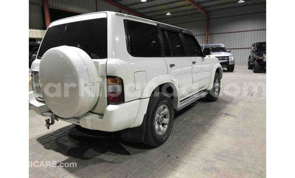 Buy Import Nissan Patrol White Car in Import - Dubai in Uganda