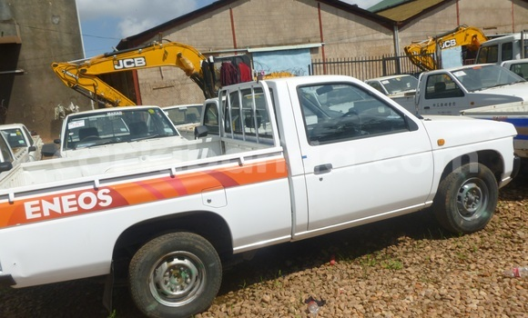 Buy Used Nissan Pickup White Car in Arua in Uganda