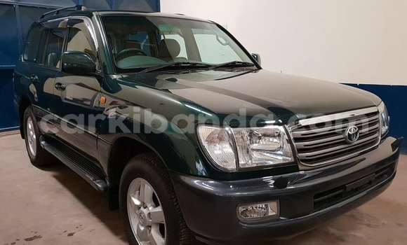 Buy Used Toyota Land Cruiser Green Car in Kampala in Uganda