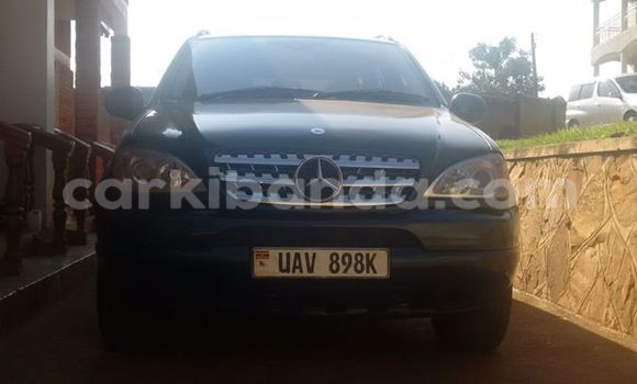 Buy Used Mercedes Benz 190 Black Car in Arua in Uganda