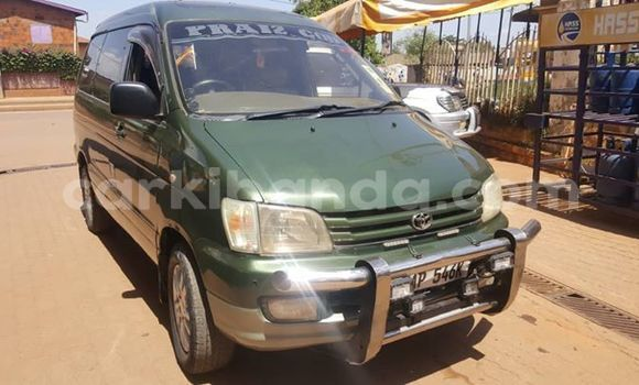 Buy Used Toyota Noah Green Car in Kampala in Uganda