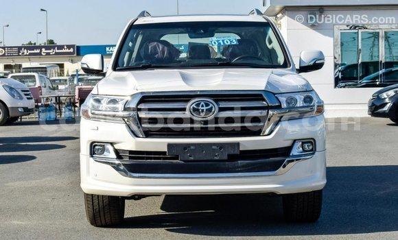 Buy Import Toyota Land Cruiser White Car in Import - Dubai in Uganda