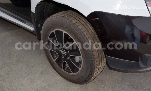 Buy Import Renault Duster Black Car in Import - Dubai in Uganda