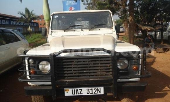 Buy Used Land Rover Defender White Car in Kampala in Uganda
