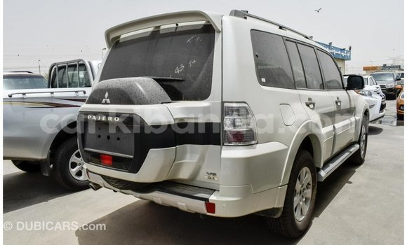 Buy Import Mitsubishi Pajero White Car in Import - Dubai in Uganda