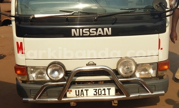Buy Used Nissan Evalia White Truck in Arua in Uganda