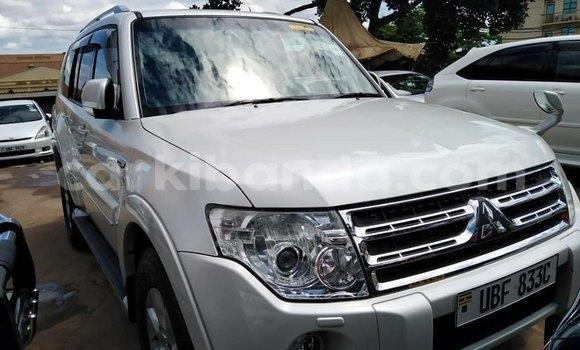 Buy Used Mitsubishi Pajero White Car in Kampala in Uganda
