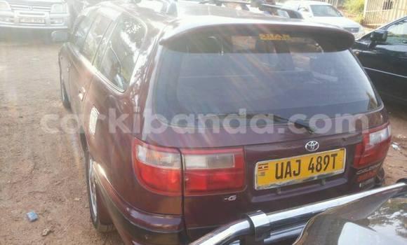 Acheter Occasion Voiture Toyota Caldina Noir à Kampala, Ouganda