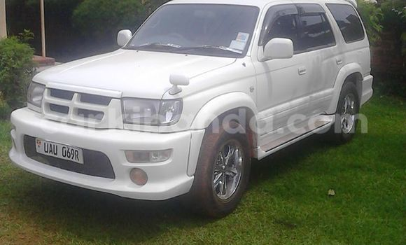 Buy Used Toyota Hilux Surf White Car in Arua in Uganda