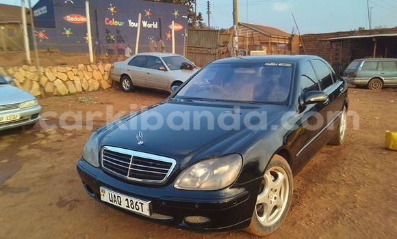 Buy Used Mercedes Benz S–Class Black Car in Kampala in Uganda