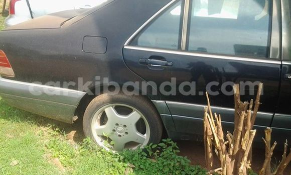 Buy Used Mercedes‒Benz 250 Black Car in Kampala in Uganda