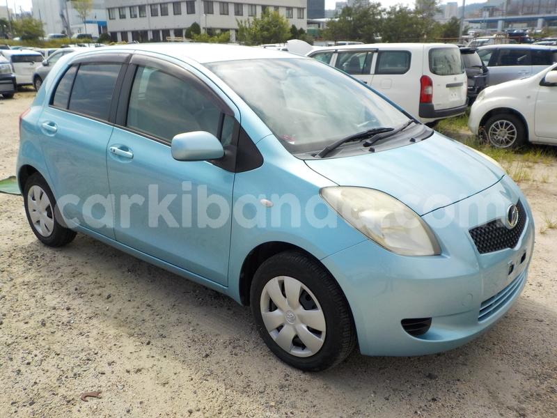 Big with watermark toyota vitz2