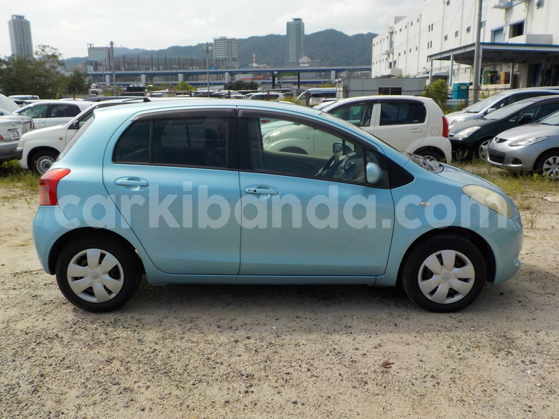 Big with watermark toyota vitz3