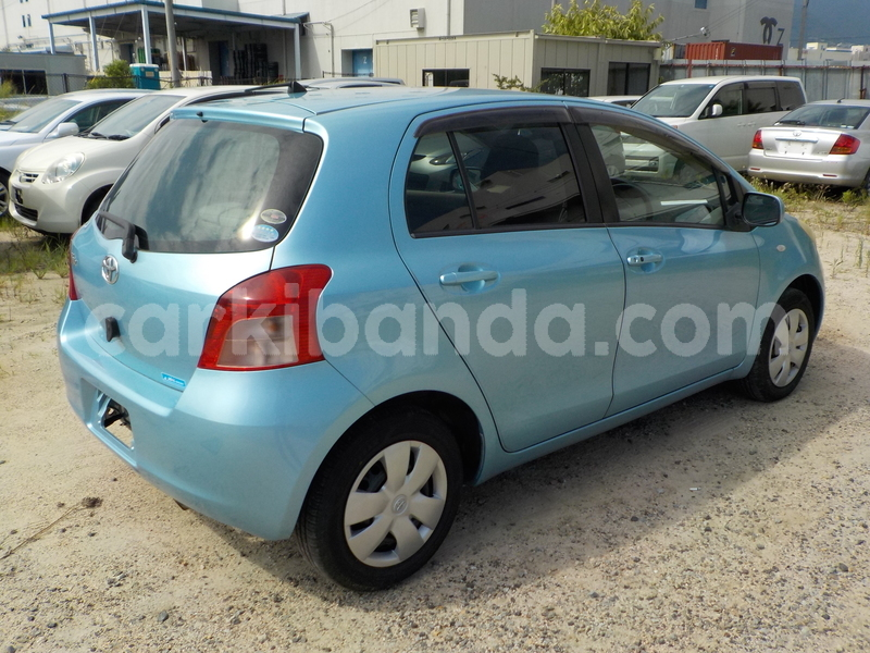 Big with watermark toyota vitz5