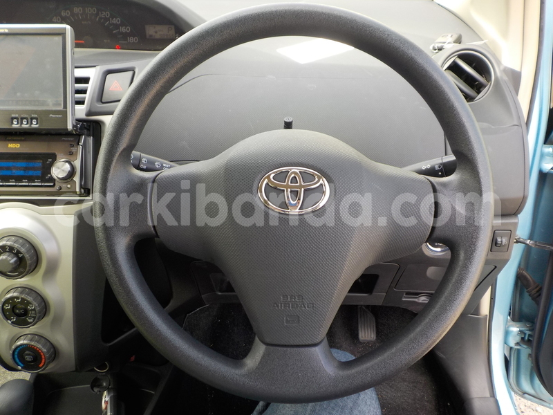 Big with watermark toyota vitz8