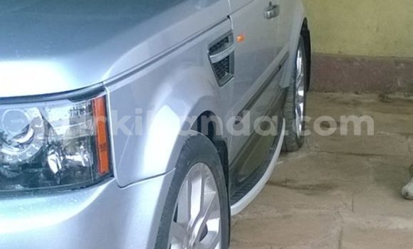 Buy Used Land Rover Range Rover Silver Car in Kampala in Uganda