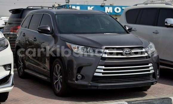 Medium with watermark toyota highlander uganda import dubai 7897